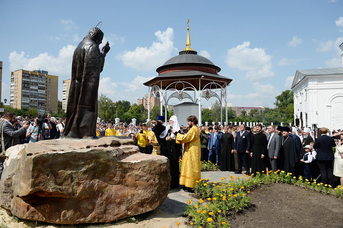 28 июля. визит в Орловскую митрополию. Освящение памятника прп. Серафиму Саровскому