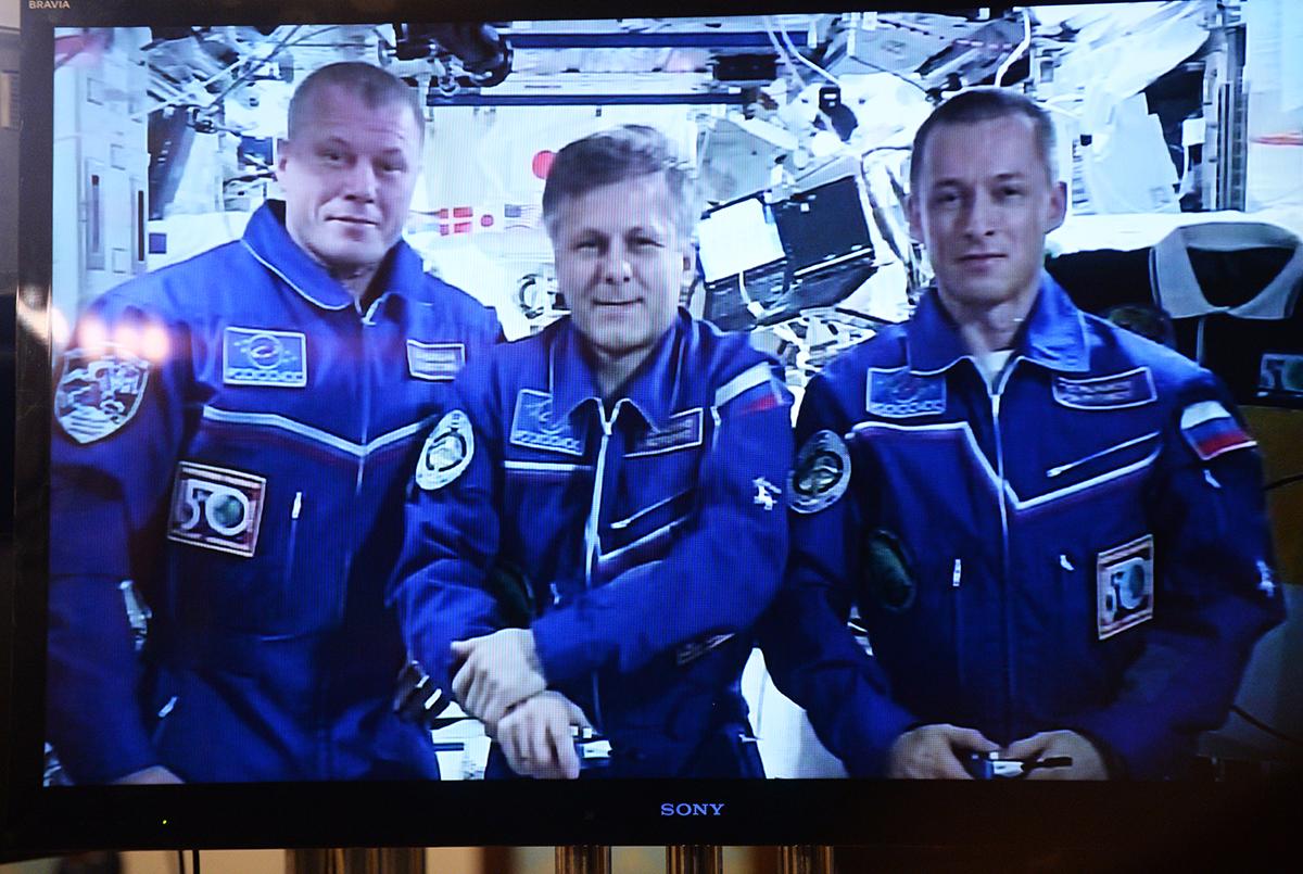 Телемост с экипажем Международной космической станции в праздник Рождества Христова
