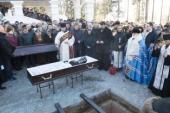 Патриарший экзарх всея Беларуси совершил чин погребения игумении Василиссы (Медведь)