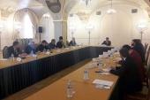 Члены Комиссии по вопросам гармонизации межнациональных и межрелигиозных отношений поддержали позицию Русской Православной Церкви по вопросу абортов