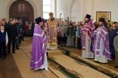 Архиепископ Солнечногорский Сергий совершил Литургию на Патриаршем подворье в станице Приазовской