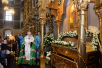 Молебен у раки с мощами святителя Тихона в Донском монастыре