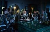 В канун Великого Вторника Святейший Патриарх Кирилл принял участие в вечернем богослужении в Алексеевском монастыре в Москве