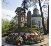 Представители Украинской Православной Церковью почтили память героев-чернобыльцев