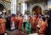 Патриаршее служение в день памяти великомученика Георгия Победоносца в Георгиевском храме на Поклонной горе в Москве