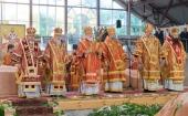 В день памяти святителя Кирилла Туровского Патриарший экзарх всея Беларуси возглавил торжества, посвященные 25-летию возрождения Туровской епархии
