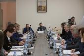 Круглый стол «СМИ и патриотическое воспитание» прошел в Андреевском монастыре