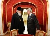 Святейший Патриарх Кирилл посетил Малый театр в Москве