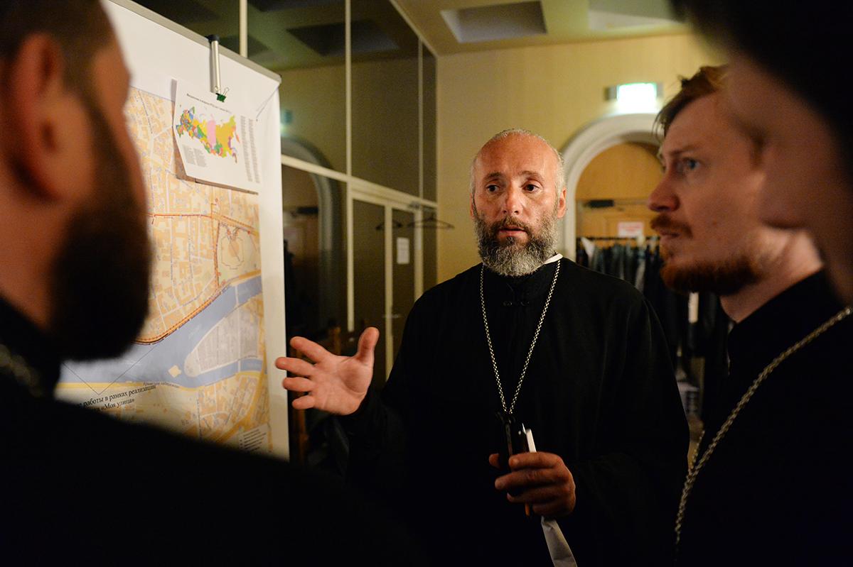 Принесение мощей святителя Николая Чудотворца из Бари в Москву. Работа волонтеров и социальных служб