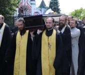 В Киеве состоялось отпевание и погребение архиепископа Белогородского Николая