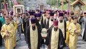 По случаю 25-летия Харьковского Архиерейского Собора в День Крещения Руси во всех епархиях Украинской Православной Церкви пройдут молебны и крестный ход