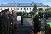 Президент России посетил Коневский монастырь