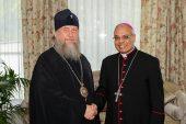 В Астане прошла встреча митрополита Астанайского и Казахстанского Александра с апостольским нунцием в Казахстане