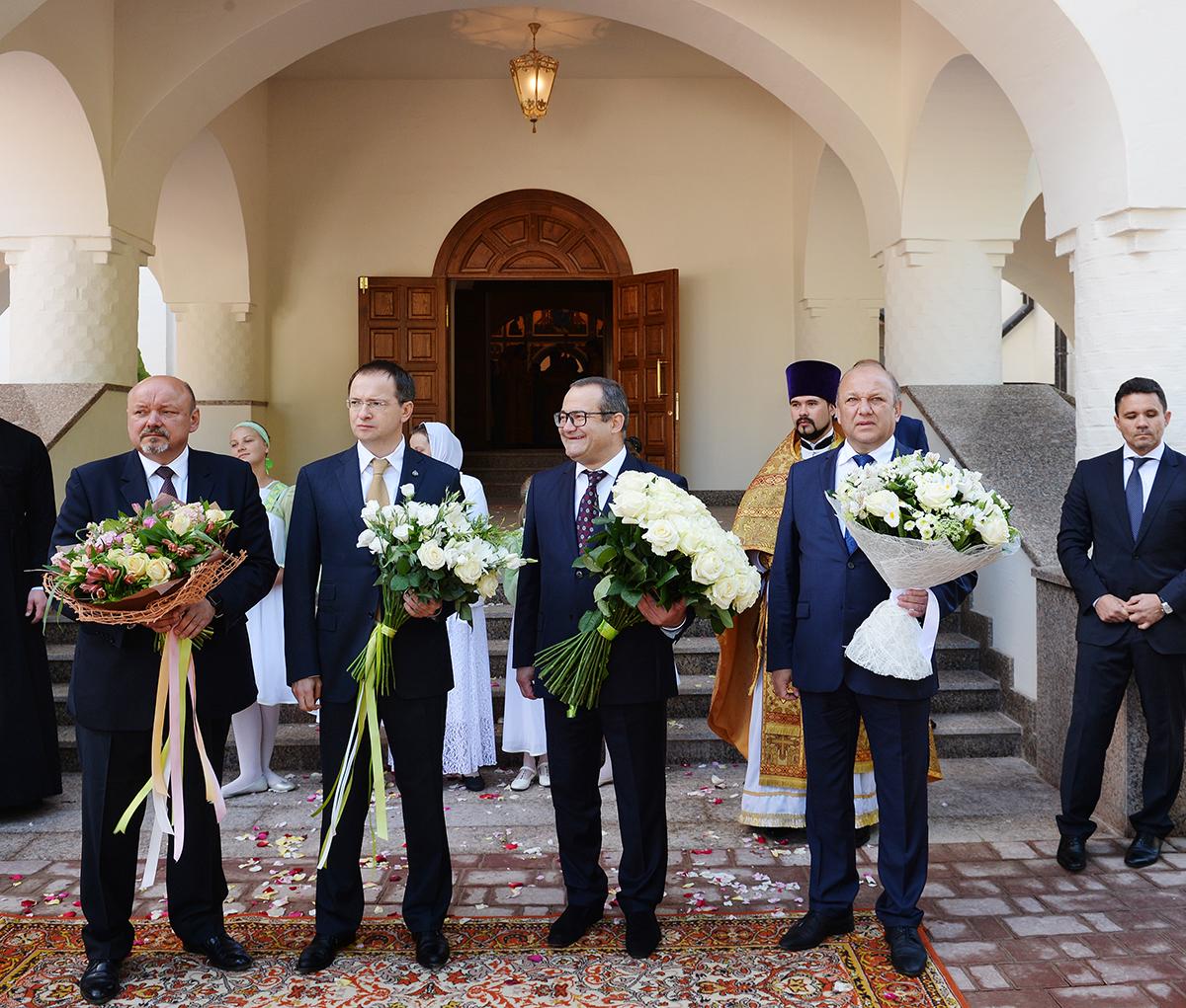 Патриаршее служение в храме Живоначальной Троицы в поселении Троицк г. Москвы
