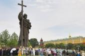 Митрополит Крутицкий Ювеналий возглавил торжества по случаю дня памяти равноапостольного князя Владимира в Москве