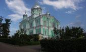 Управляющий делами Московской Патриархии возглавил вечернее богослужение в Серафимо-Дивеевском монастыре