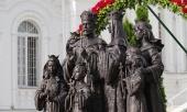 В Серафимо-Дивеевском монастыре освящен памятник Царственным страстотерпцам