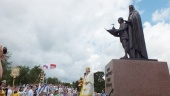 Памятник святым Феодору Ушакову и Феодору Санаксарскому освящен в Ярославской области в ходе всероссийского фестиваля в честь выдающегося адмирала