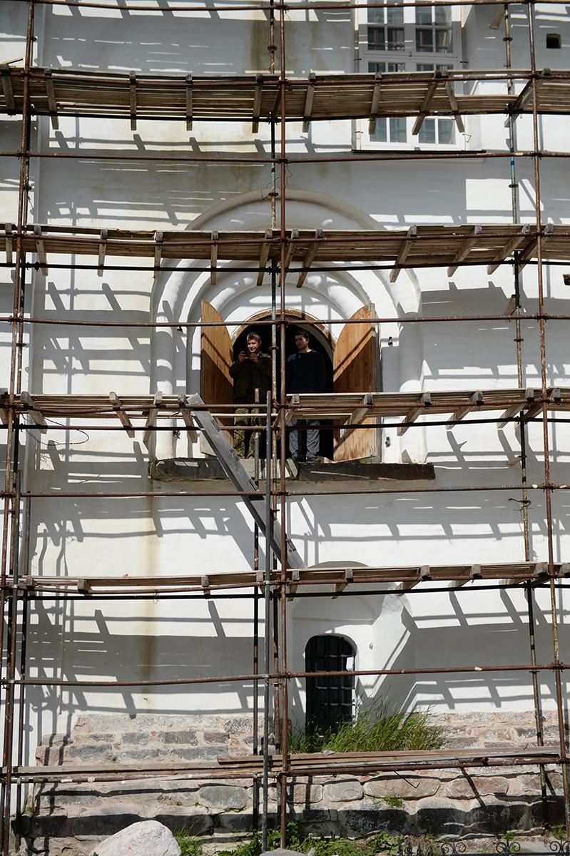 Патриарший визит на Соловки. Прибытие. Осмотр монастыря. Заседание рабочей группы по вопросам развития Соловецкого архипелага