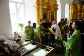 Предстоятель Руської Церкви вклонився мощам преподобних Зосими, Саватія і Германа Соловецьких.