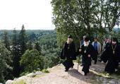 Святейший Патриарх Кирилл посетил скиты Соловецкого монастыря на острове Анзер