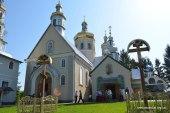 Блаженнейший митрополит Онуфрий совершил Литургию в Вознесенском монастыре в Закарпатье