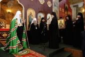 Святейший Патриарх Кирилл посетил Успенский Далматовский мужской монастырь