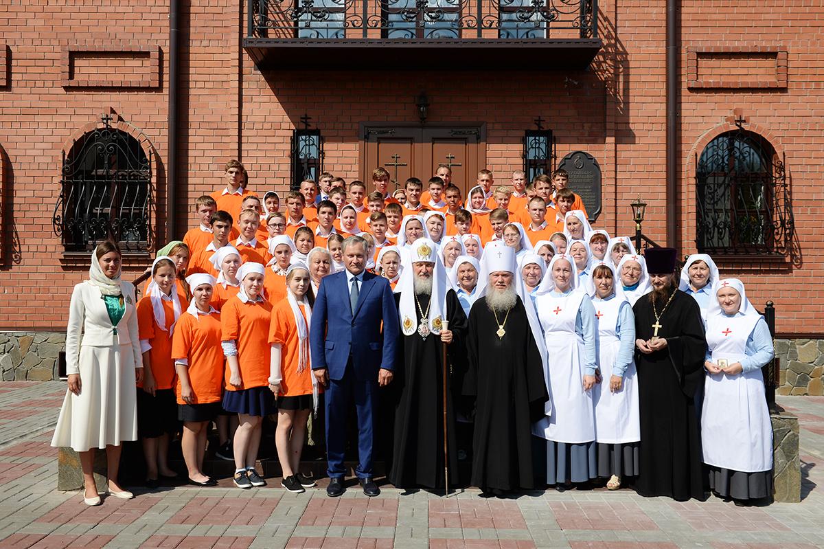 Патриарший визит в Курганскую митрополию. Литургия в Александро-Невском соборе Кургана