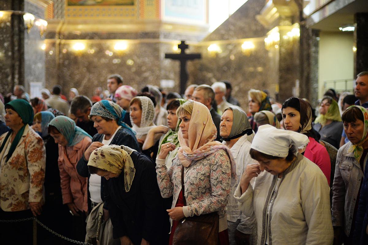 Патриарший визит в Калининградскую епархию. Литургия в соборе Христа Спасителя в Калининграде
