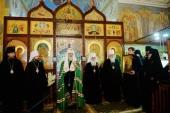 Святейший Патриарх Кирилл посетил Свято-Троицкий Никольский монастырь в Ташкенте
