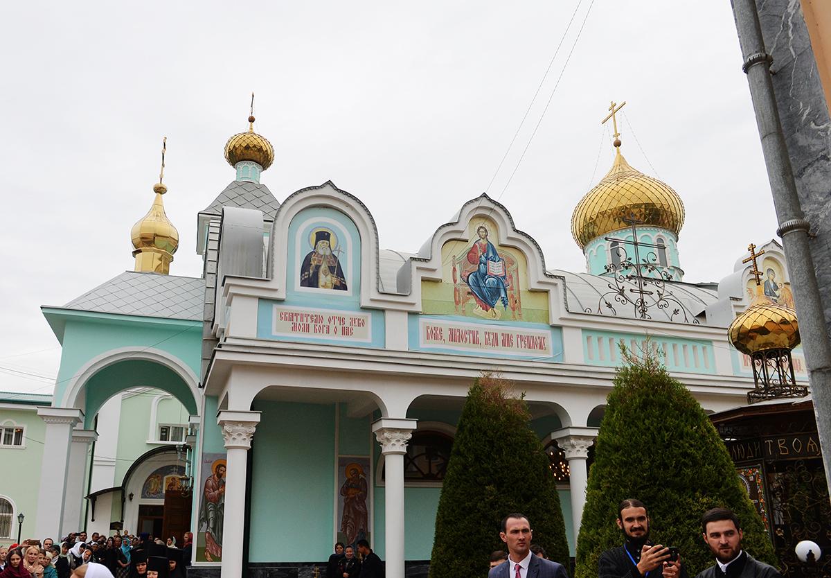 Патриарший визит в Ташкентскую епархию. Посещение Никольского монастыря в Ташкенте