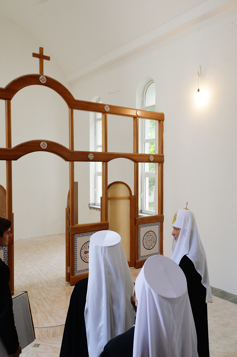 Патриарший визит в Ташкентскую епархию. Посещение Синодального административного центра в Ташкенте