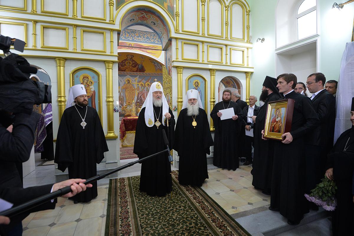 Патриарший визит в Ташкентскую епархию. Посещение Боткинского кладбища Ташкента