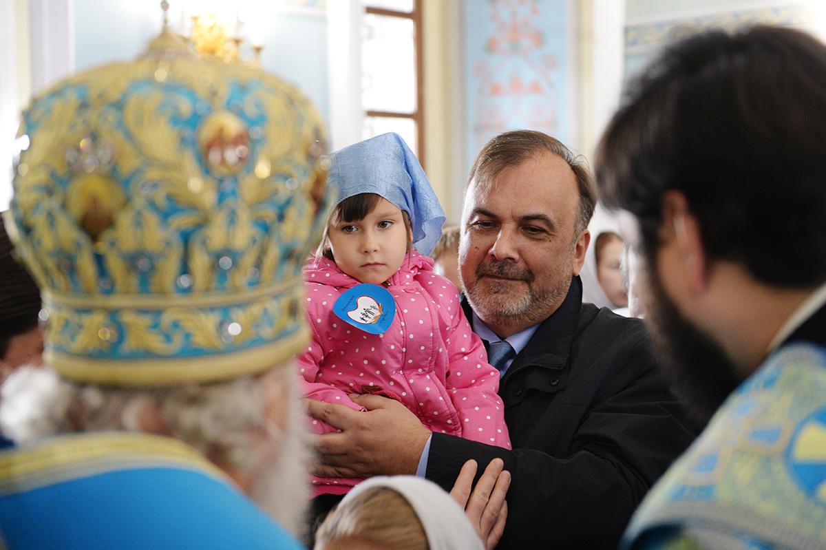 Патриарший визит в Удмуртскую митрополию. Литургия в Покровском кафедральном соборе г. Сарапула