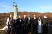 Памятник морякам полярных конвоев освящен в Исландии