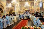 У свято Казанської ікони Божої Матері Предстоятель Руської Церкви звершив Літургію в Успенському соборі Московського Кремля
