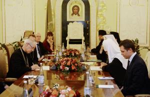Предстоятель Русской Православной Церкви встретился с Архиепископом Кентерберийским Джастином Уэлби