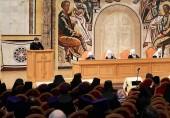 На Епархиальном собрании г. Москвы оглашены данные о деятельности Молодежного отдела Московской городской епархии