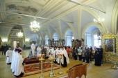 В годовщину крушения самолета Ту-154 Минобороны России митрополит Крутицкий и Коломенский Ювеналий совершил литию по погибшим