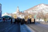 В праздник Рождества Христова в центре Петропавловска-Камчатского прошел крестный ход