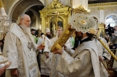 В праздник Крещения Господня Предстоятель Русской Церкви совершил Литургию и чин великого освящения воды в Богоявленском кафедральном соборе в Елохове