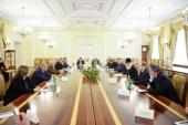 Святейший Патриарх Кирилл встретился с руководителями российских СМИ