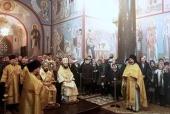 Митрополит Волоколамский Иларион совершил Божественную литургию в венском Николаевском соборе