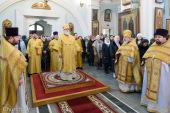 В Неделю о Страшном Суде Патриарший экзарх всея Беларуси совершил Литургию в Свято-Духовом соборе Минска