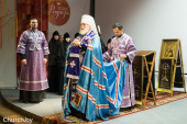 Патриарший экзарх всея Беларуси возглавил церемонию открытия международного Пасхального фестиваля «Радость»