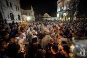 Около 7 миллионов украинцев приняли участие в Пасхальных богослужениях