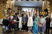С Пасхой детей инклюзивного центра «Розовое детство» города Ливны поздравил епископ Ливенский Нектарий