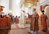 В Неделю 2-ю по Пасхе Святейший Патриарх Кирилл совершил Литургию в Крестовоздвиженском Иерусалимском ставропигиальном монастыре