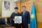 В Караганде состоялась встреча главы Православной Церкви Казахстана с акимом Карагандинской области