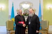 Митрополит Астанайський Олександр і апостольський нунцій в Республіці Казахстан обговорили питання міжконфесійного діалогу в країні